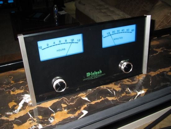 McIntosh MCLK12 wall clock McIntosh unveils the amplifier style MCLK12 wall clock