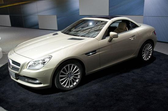 2012-Mercedes-Benz-SLK-Roadster-1.jpg