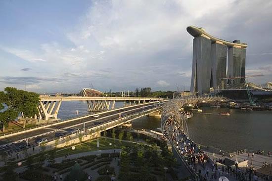 منتجع مارينا الخيالي سنغافورة