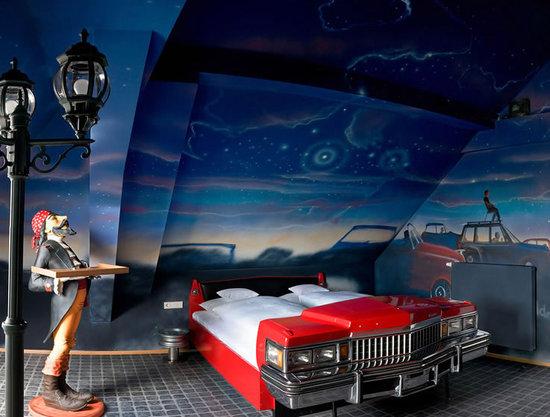 http://www.luxurylaunches.com/entry_images/0810/19/Meilenwerk-Hotel-2-thumb-550x417.jpg