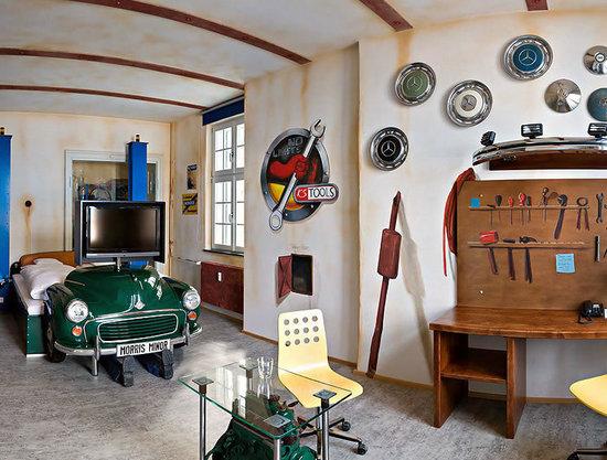 http://www.luxurylaunches.com/entry_images/0810/19/Meilenwerk-Hotel-3-thumb-550x417.jpg
