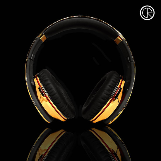 CrystalRocked_Gold-plated-Dr-Dre-Beats-Studio-Headphones-1.jpg