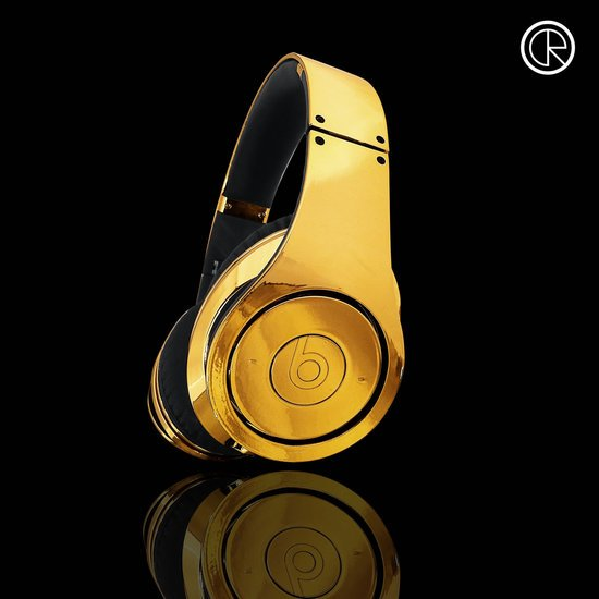 CrystalRocked_Gold-plated-Dr-Dre-Beats-Studio-Headphones-4.jpg