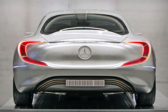 http://www.luxurylaunches.com/entry_images/0911/13/mercedes-benz-f125-concept-3.jpg