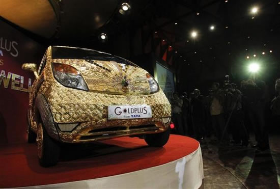 Tata-Nano-Car-made-of-gold-1.jpg