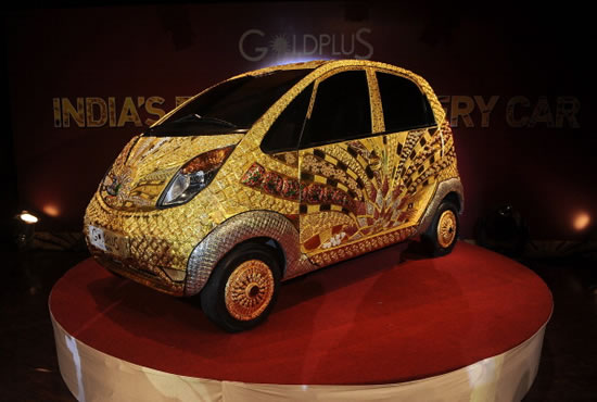 Tata-Nano-Car-made-of-gold-5.jpg