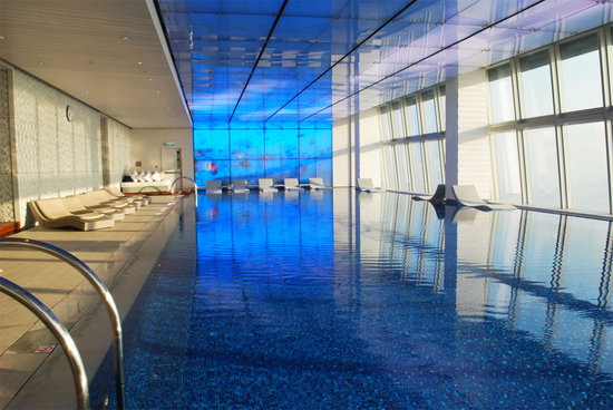 ritz-carlton-hong-kong-pool.jpg