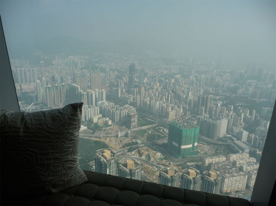 ritz-carlton-hong-kong-room_view_2.jpg
