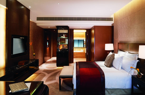 ritz-carlton-hong-kong-3