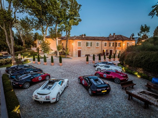 bugatti-grand-tour-europe-6.jpg