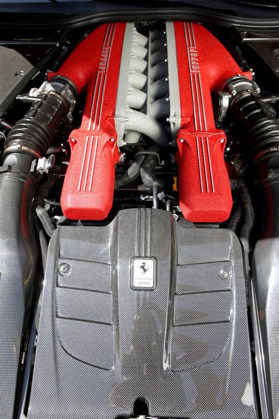 ferrari-f12-berlinetta-10.jpg