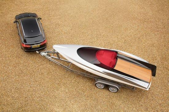 jaguar-speedboat-2.jpg