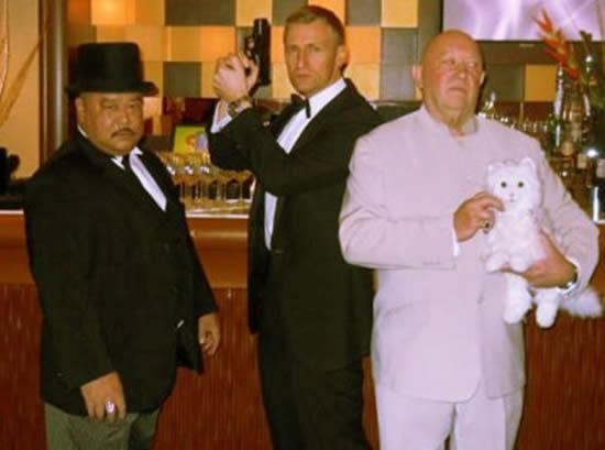 lavish-007-themed-wedding-6.jpg