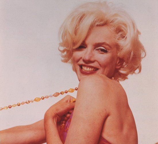 marilyn-monroe-love-chanel-1.jpg