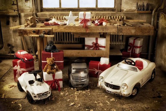 mercedes-benz-christmas-8.jpg