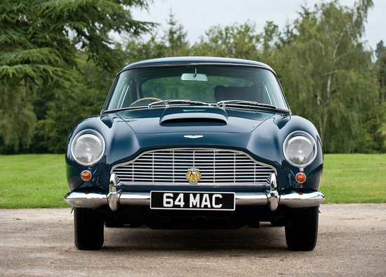 paul-mccartneys-aston-martin-15.jpg
