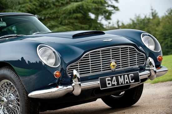 paul-mccartneys-aston-martin-20.jpg