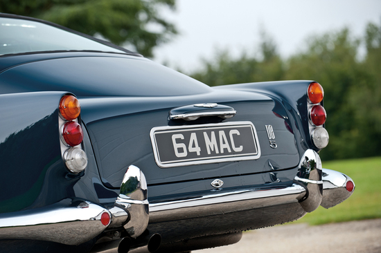 paul-mccartneys-aston-martin-21.jpg