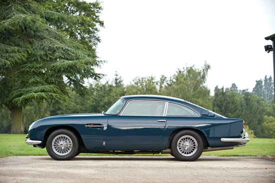 paul-mccartneys-aston-martin-5.jpg
