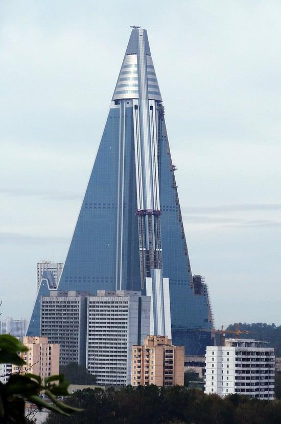 worlds-tallest-hotel-1.jpg