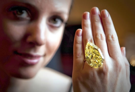 110-carat-Sun-Drop-diamond-1.jpg