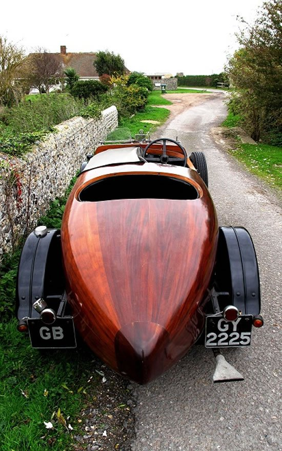 1930-functional-wooden-car2.jpg