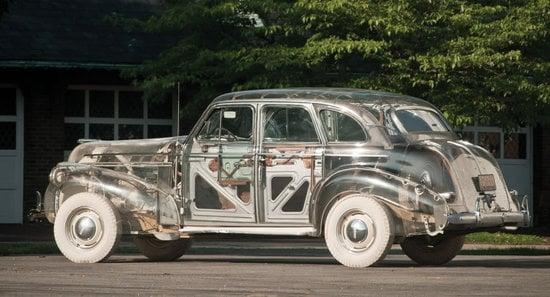 1939-Pontiac-Plexiglas-Deluxe-Six-Ghost-Car-2.jpg
