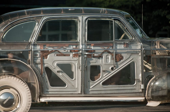 1939-Pontiac-Plexiglas-Deluxe-Six-Ghost-Car-3.jpg