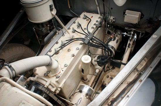 1939-Pontiac-Plexiglas-Deluxe-Six-Ghost-Car-6.jpg