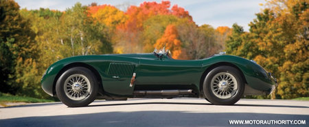 1952_Jaguar_C-Type_race_car2.jpg