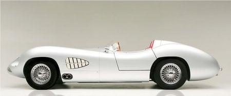 1957_Aston_Martin_DBR2_2.jpg