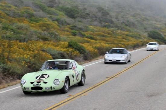 1962-Ferrari-GTO-10.jpg