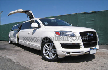 2010 audi q7 stretch limousine beauty extended on wheels. Black Bedroom Furniture Sets. Home Design Ideas