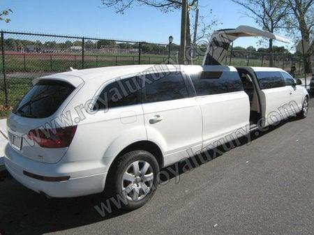 2010-Audi-Q7-stretch-limousine3.jpg