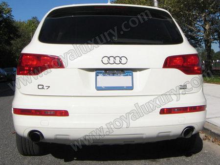 2010-Audi-Q7-stretch-limousine4.jpg