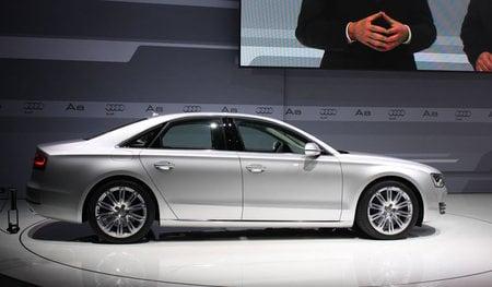 2011-Audi-A8-3.jpg