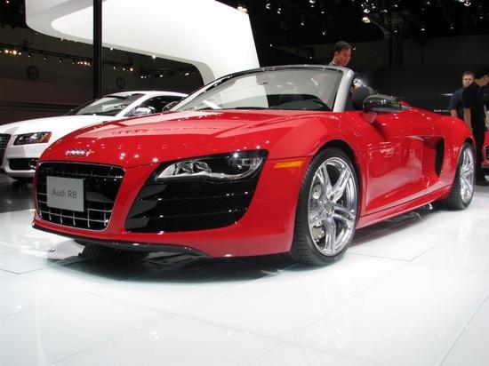 2011-Audi-R8-5.2-Spyder-quattro-V10-1.jpg