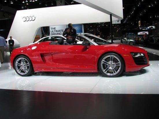 2011-Audi-R8-5.2-Spyder-quattro-V10-2.jpg