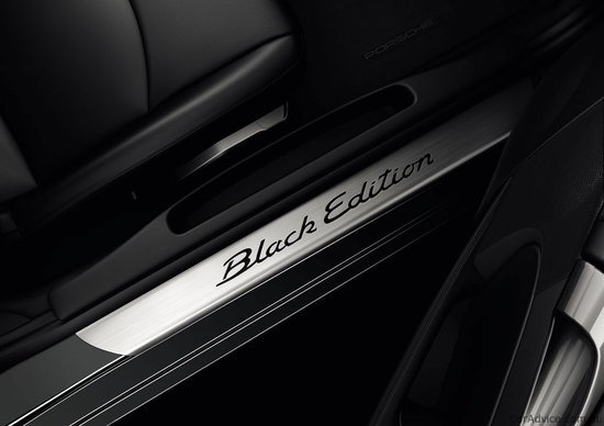2011-Porsche-Cayman-S-Black-5.jpg