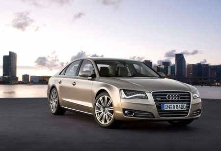 2011_Audi_A8.jpg
