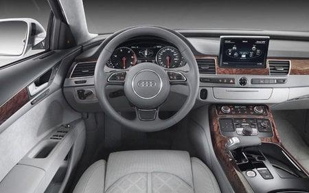 2011_Audi_A8_navigation_system3.jpg