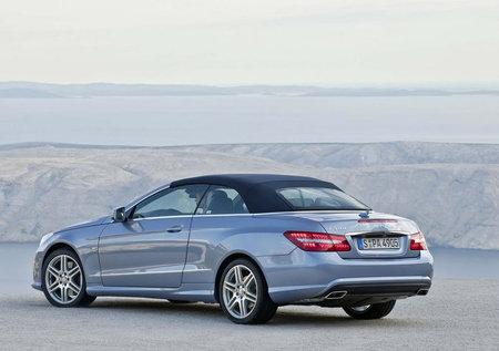 2011_Mercedes_E-Class_Convertible5.jpg