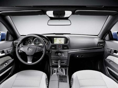 2011_Mercedes_E-Class_Convertible7.jpg