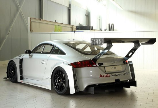 2012-Audi-TT-RS-race-ready-sports-car-3.jpg