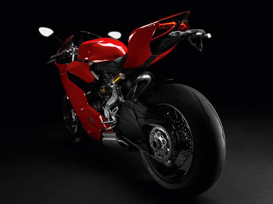 2012-Ducati-1199-Panigale-Superbike-4.jpg