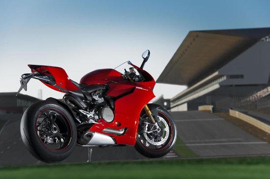 2012-Ducati-1199-Panigale-Superbike-6.jpg