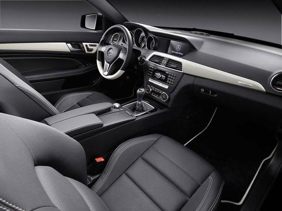 2012-Mercedes-Benz-C-Class-Coupe-4.jpg