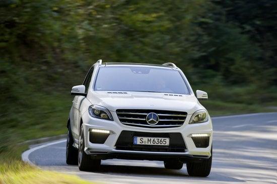 2012-Mercedes-Benz-ML63-AMG-6.jpg