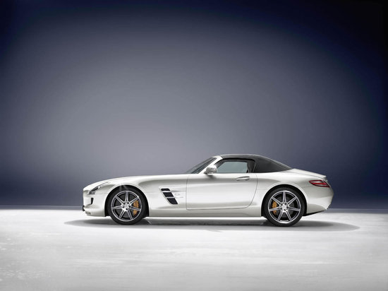 2012-Mercedes-Benz-SLS-AMG-Roadster-3.jpg