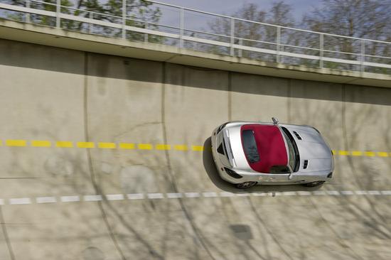 2012-mercedes-benz-sls-amg-roadster-4.jpg
